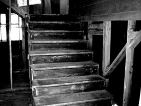 creepy_stairs_by_cynn0r