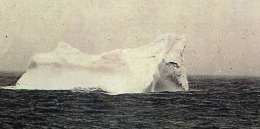L'iceberg in una foto del 1902