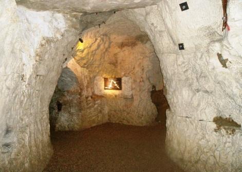 The-Hell-Caves-ReadyClickAndGo1