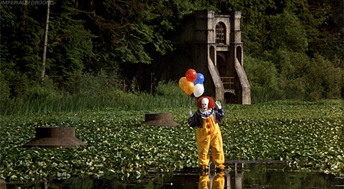 hey-kid-want-a-balloon-horror-s-5-creepiest-clowns-fcda1185-75e2-4ea2-8ab6-304e290b80a9-gif-65648