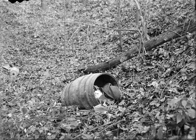 rochester-mafia-barrel-murder-01